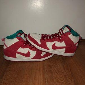 Nike SB Dunk High Pro Dr Suess Sneaker Size 11